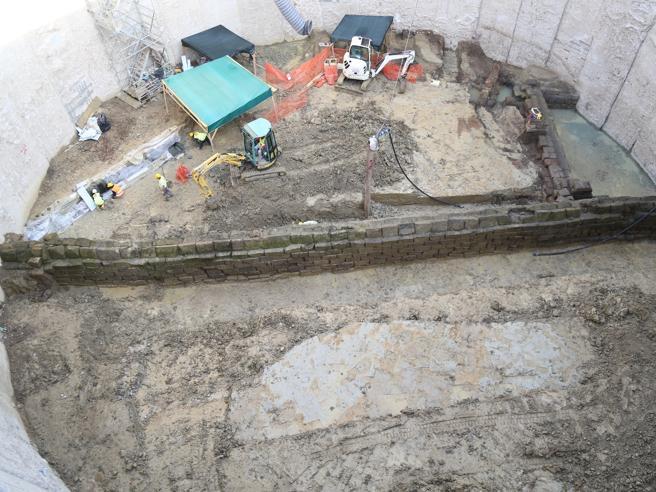 Photo of Trabajadores de Metro de Roma descubren un antiguo acueducto